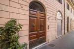 Mrs Julie Guest House Rome - Entrance